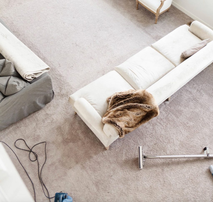 Cleaning process of carpet